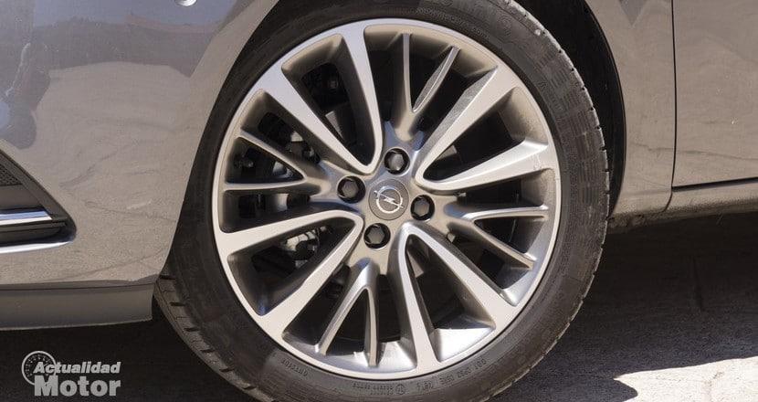 Opel Corsa llanta aleación