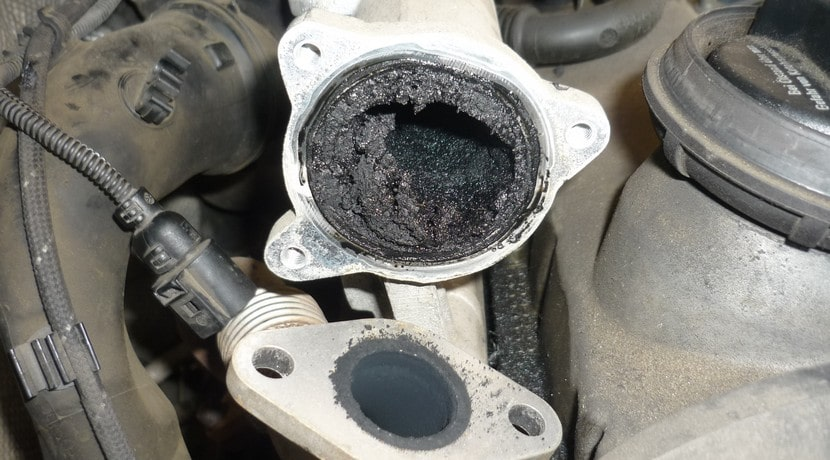 Valvula Egr Obstruida as well Clogged Up Egr Valve furthermore Large moreover Ford Explorer besides Hqdefault. on lincoln navigator egr valve location