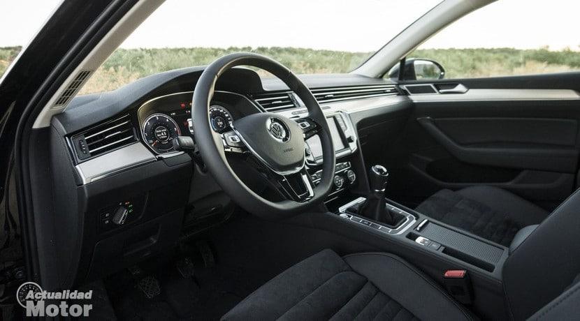 Volkswagen Passat 2015 interior