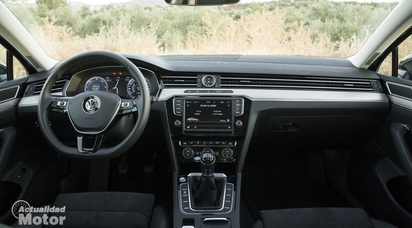 Volkswagen Passat 2015 salpicadero