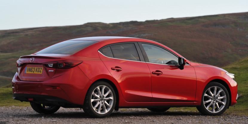 Mazda 3 Trasera