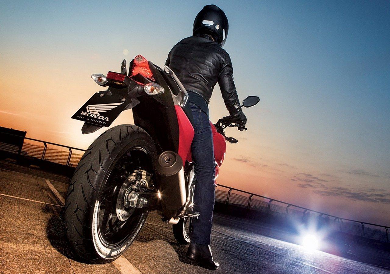 Honda CB Twister 2016