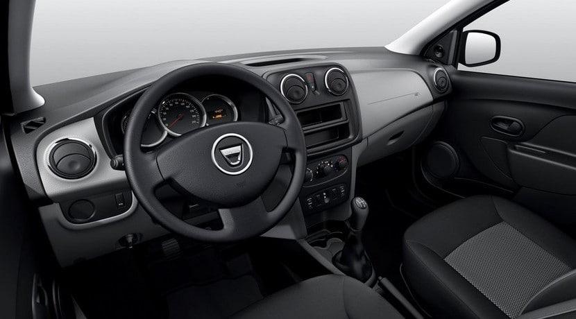 Dacia Sandero básico interior