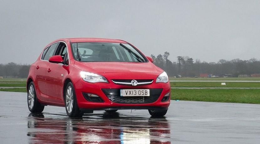 Opel Astra coche precio razonable Top Gear