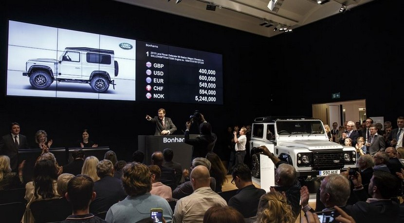 Subasta último Land Rover Defender