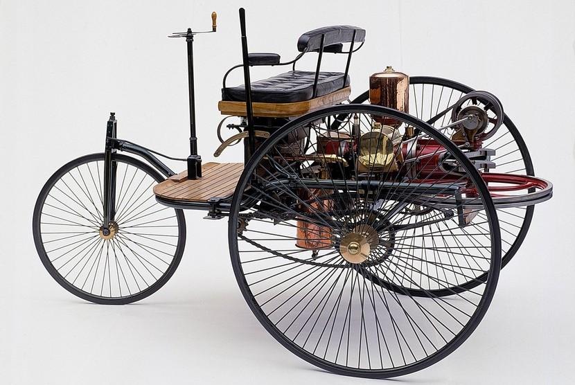 Primer automóvil