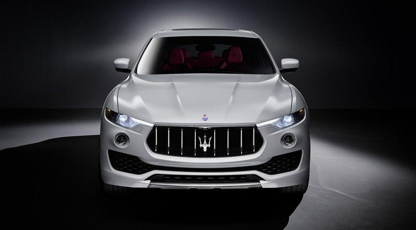 Maserati Levante vista frontal