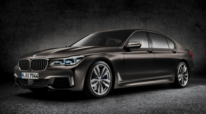 BMW M760i xDrive frontal