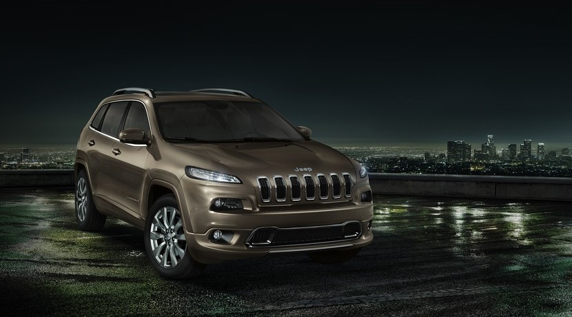 Jeep Cherokee Overland vista frontal FCA