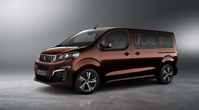 Peugeot Traveller i-Lab frontal