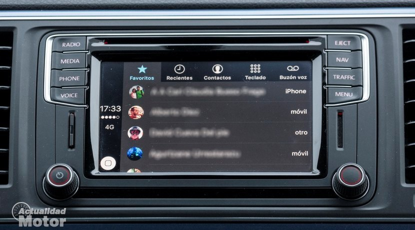 Apple CarPlay teléfono favoritos