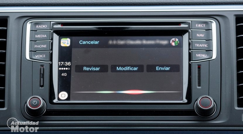 Mensajes en Apple CarPlay Siri