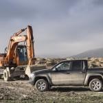 Prueba Volkswagen Amarok 2.0 TDI BiTurbo 180 CV 4Motion Automático con excavadora