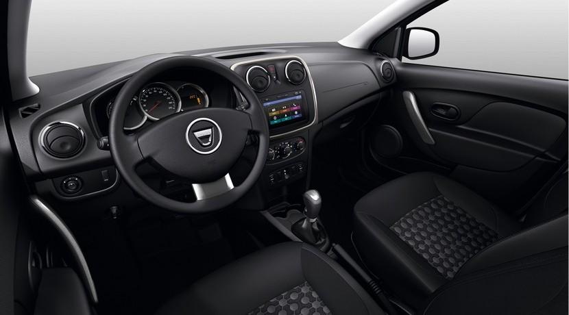 Dacia Duster Essential edición especial interior