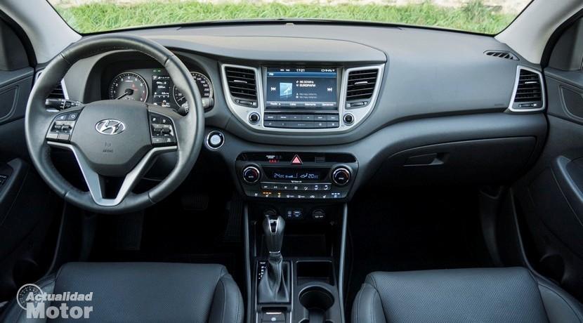 Prueba Hyundai Tucson 1.6 TGDI 176 CV 4x4 interior salpicadero