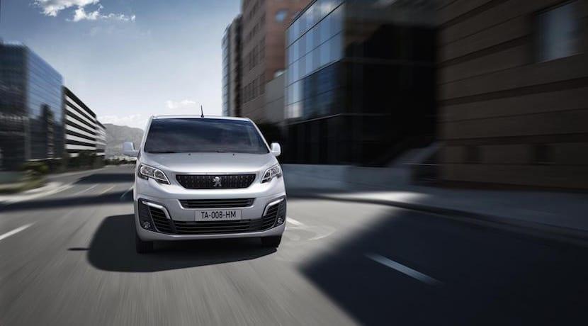 Peugeot Expert 2016 Grupo PSA