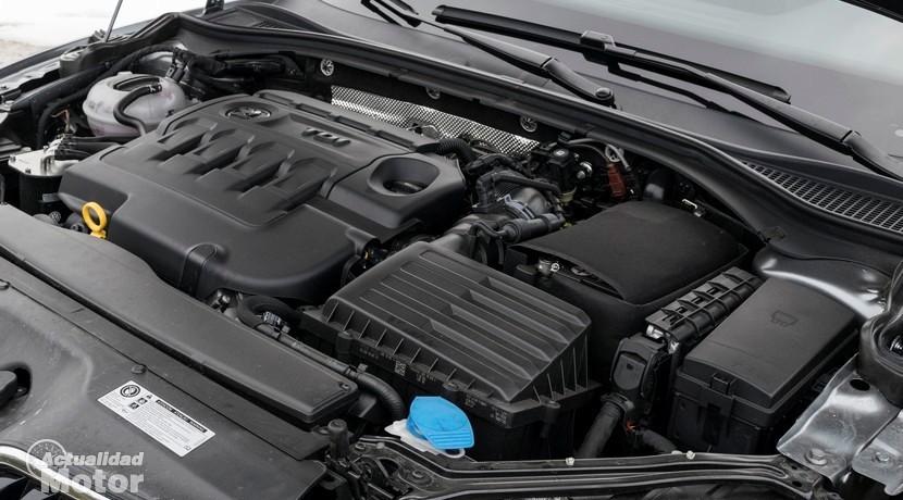 Prueba Skoda Superb Combi 2.0 TDI 150 CV DSG motor