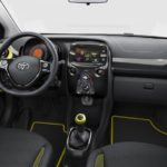 Toyota Aygo x-cite amarillo