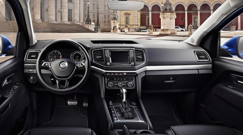 Volkswagen Amarok 2016 interior