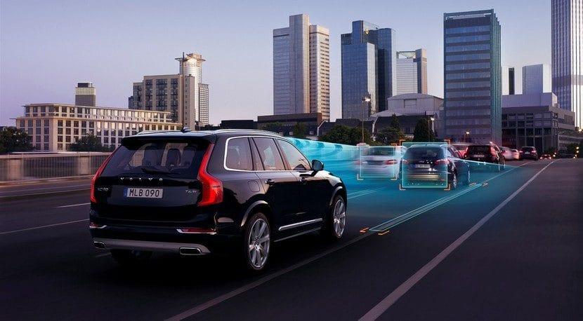 Volvo XC90 autopilot