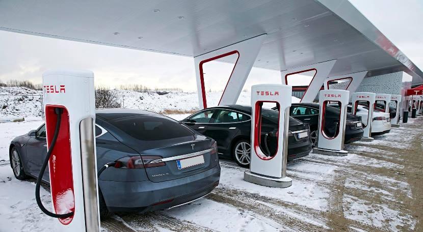 Tesla super cargador