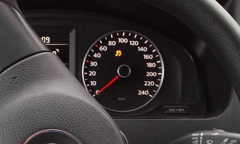 Testigo ESP del coche encendido