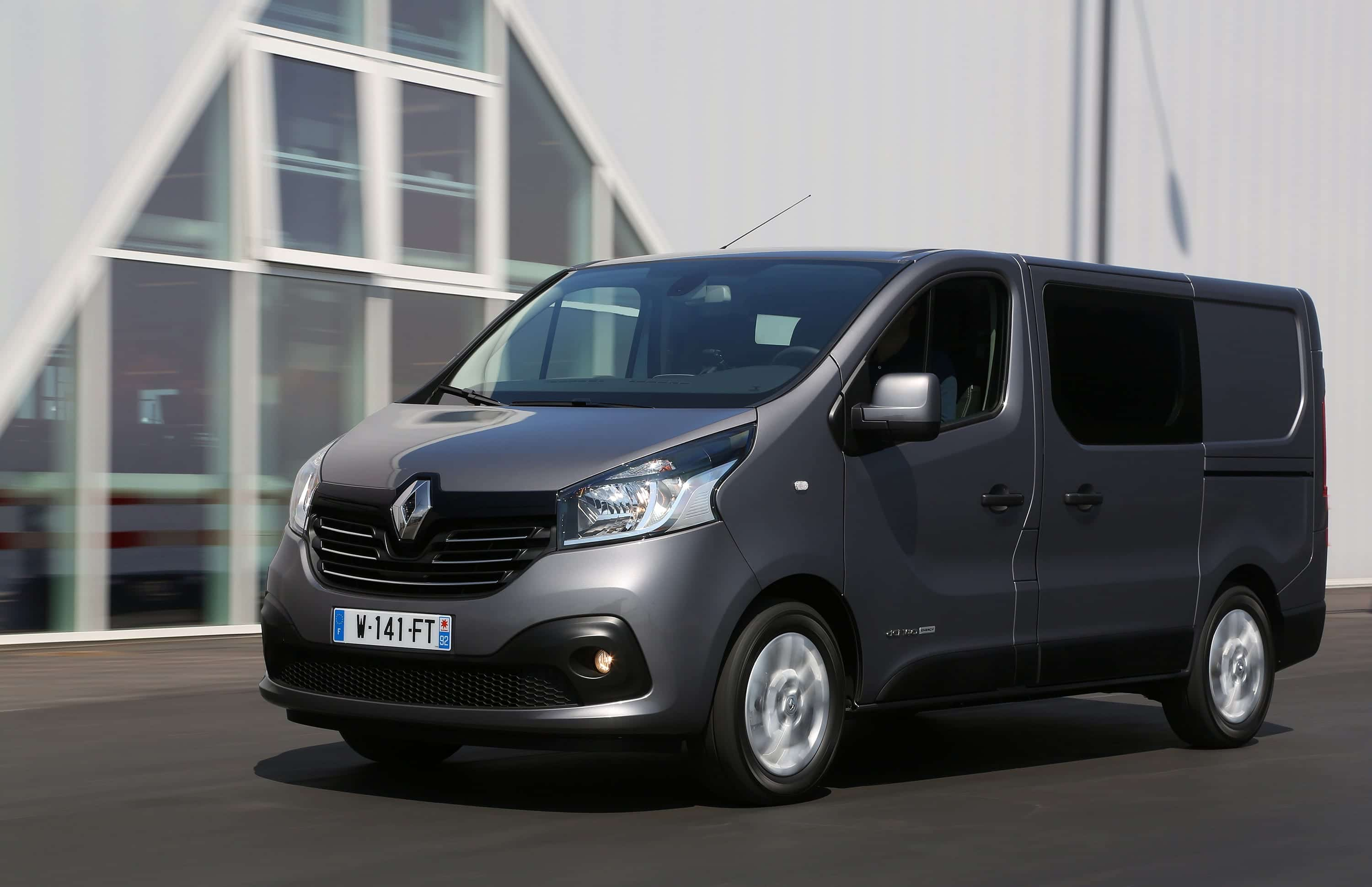 renault trafic ficha t cnica prueba motores. Black Bedroom Furniture Sets. Home Design Ideas