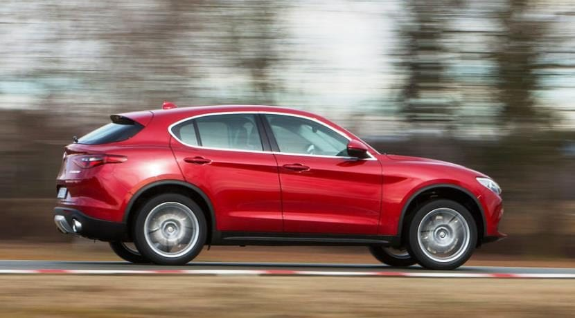 Alfa Romeo Stelvio AWD 2.0 3