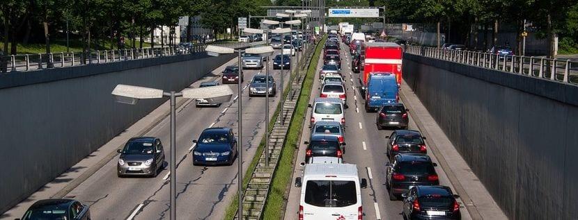 Atasco o tráfico denso