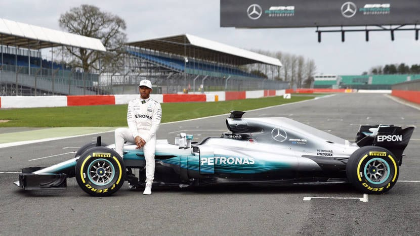 Mercedes W08 Lateral