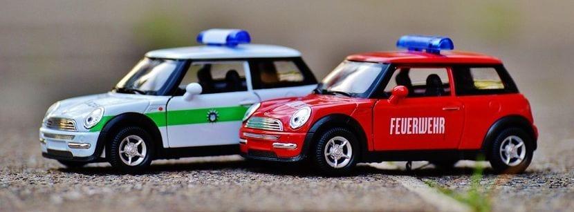 Maquetas Mini de vehículo policía y de bomberos