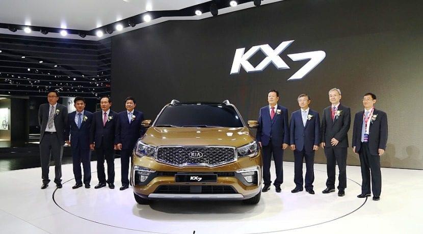 Kia KX7