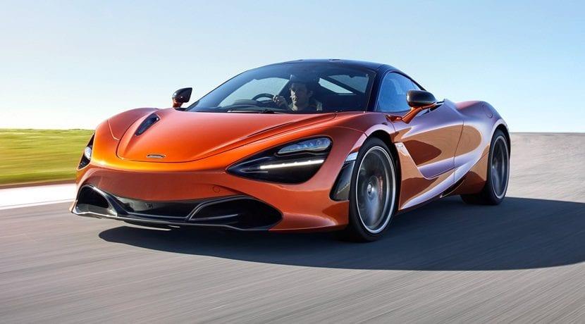 McLaren 72OS Spider