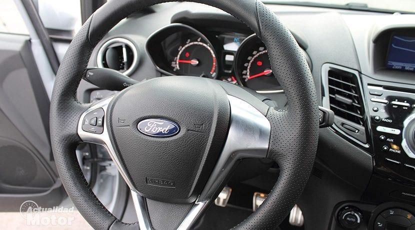 Prueba Ford Fiesta ST200 interior
