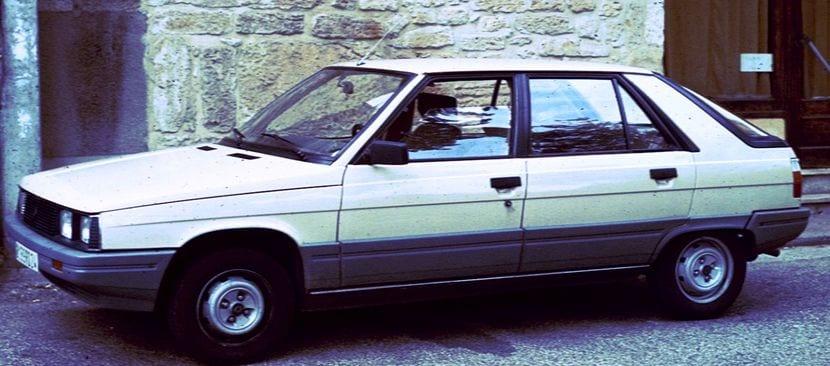 El Renault 14 fue sustituido por el Renault 11