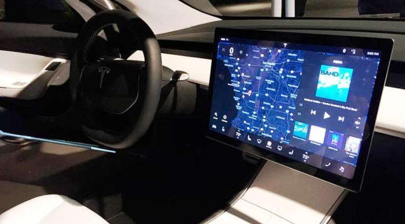 Tesla Model 3 interior batería