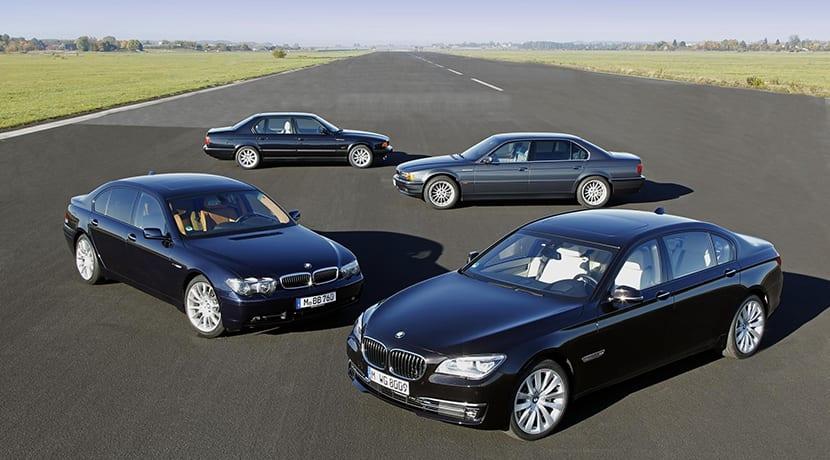 BMW Serie 7 30 años con motor V12