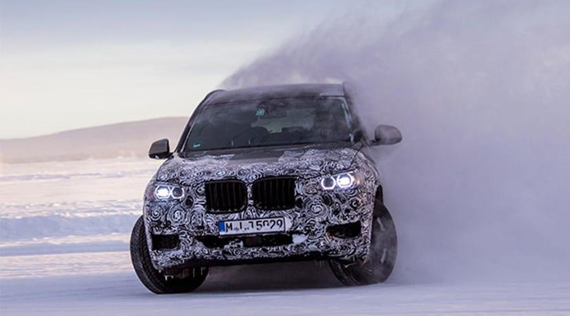 BMW X3 camuflado