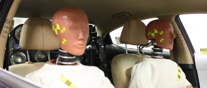 Chash test dummies instalados para una prueba