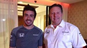Fernando Alonso y Zak Brown, Director Ejecutivo de McLaren