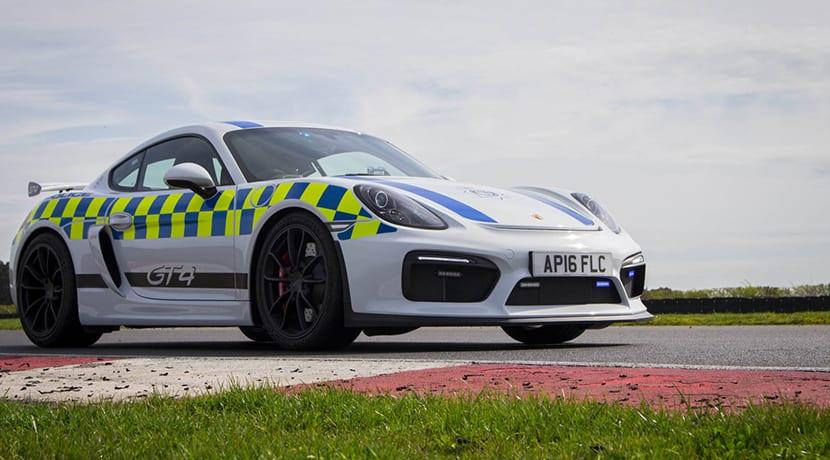 Porsche Cayman GT4 policía Norfolk