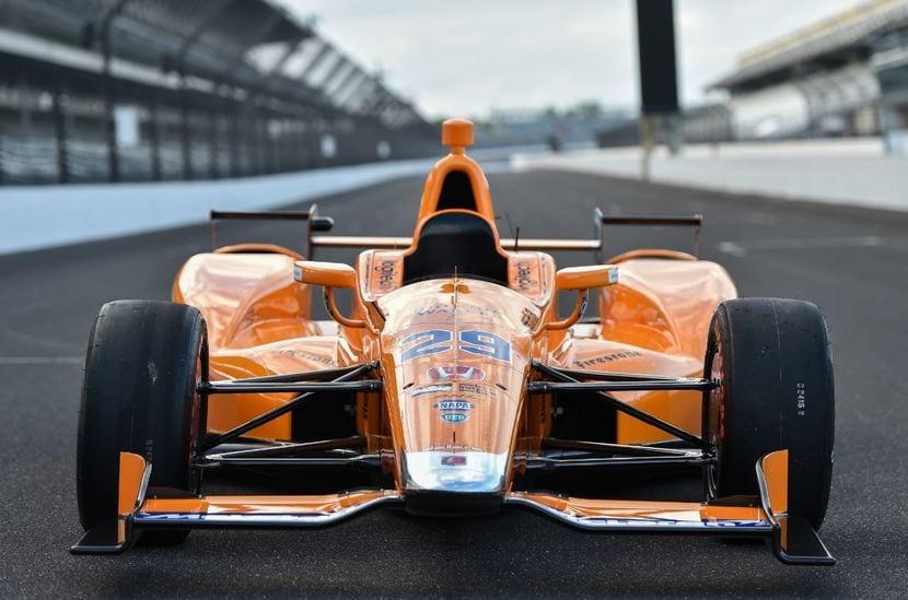 FRontal del McLaren Honda Indy