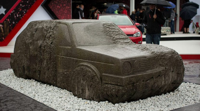 Volkswagen Golf de piedra en Worthersee