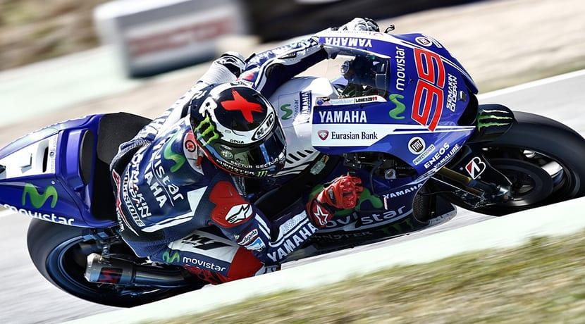 Casco de moto integral de Jorge Lorenzo