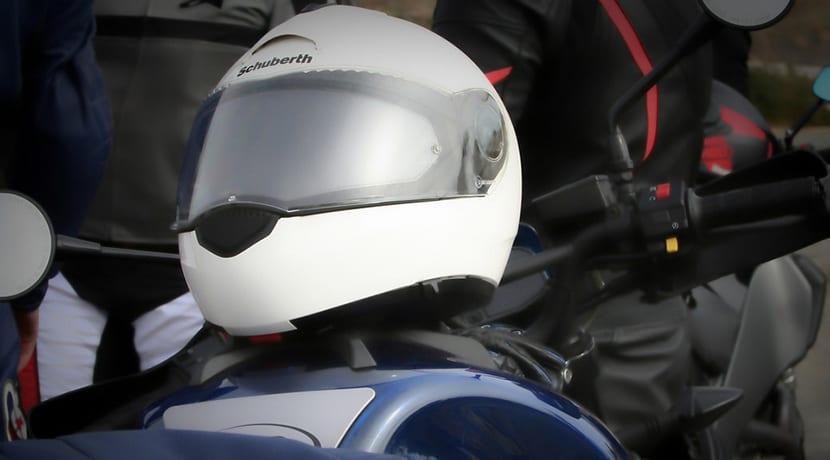 Qué debe tener un casco de moto para ser seguro? | Turbo