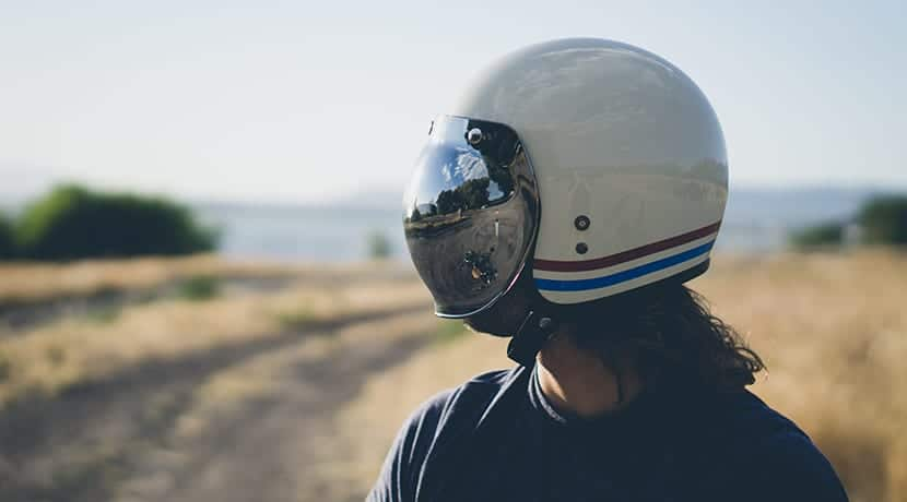 Casco de moto poco seguro