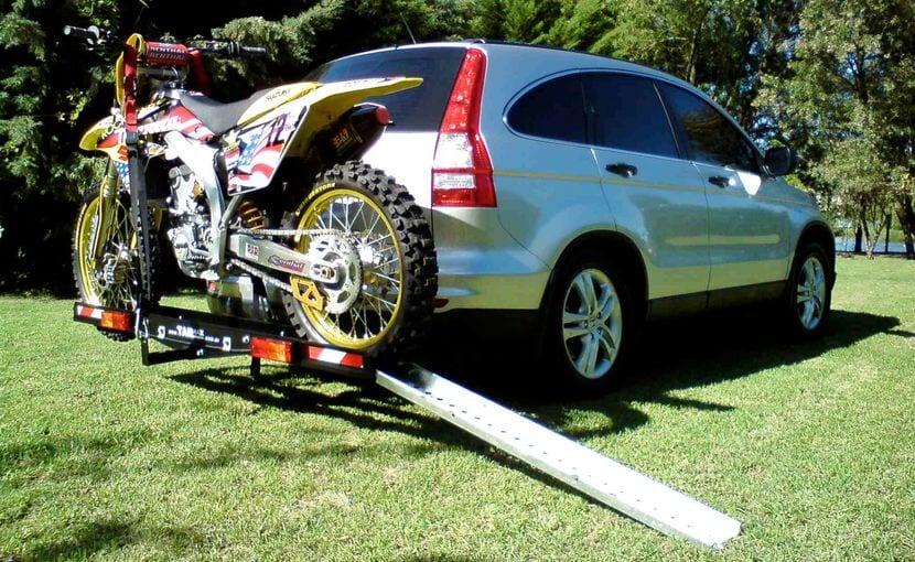Enganche para el transporte de motos o bicicletas