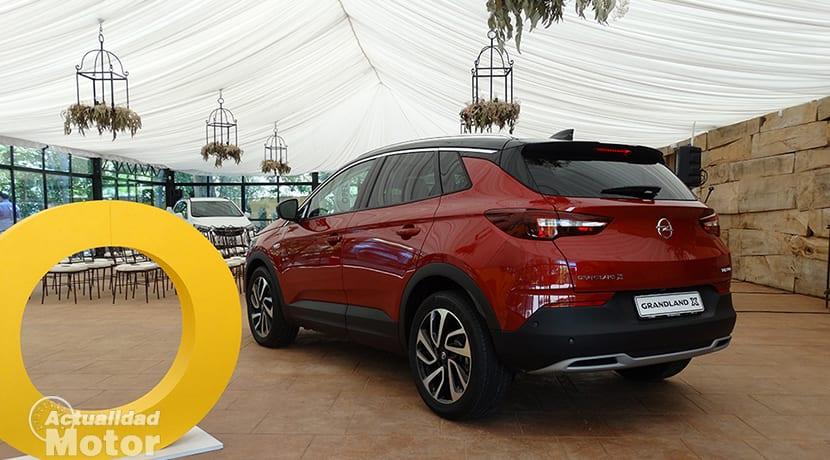 Presentación estática del Opel Grandland X