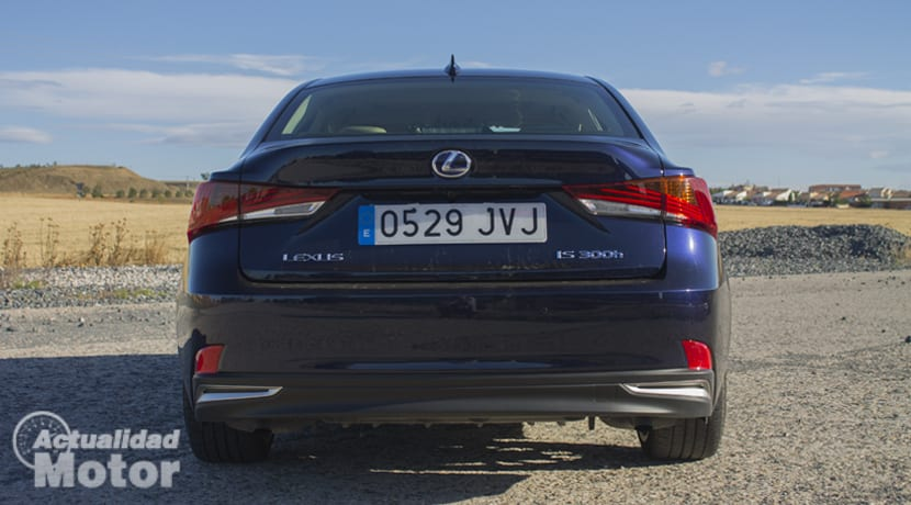 Prueba Lexus IS 300h
