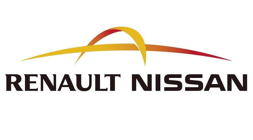 Logo Alianza Renault-Nissan adelanta a Volkwagen